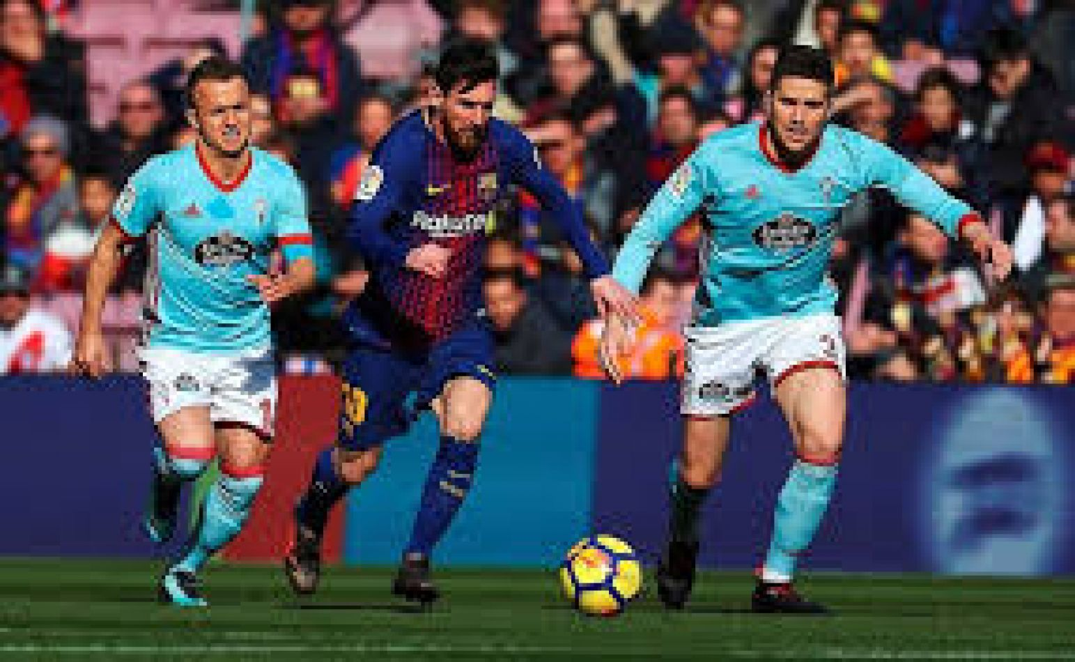 Un crack: Messi hizo dos golazos en dos minutos. Video