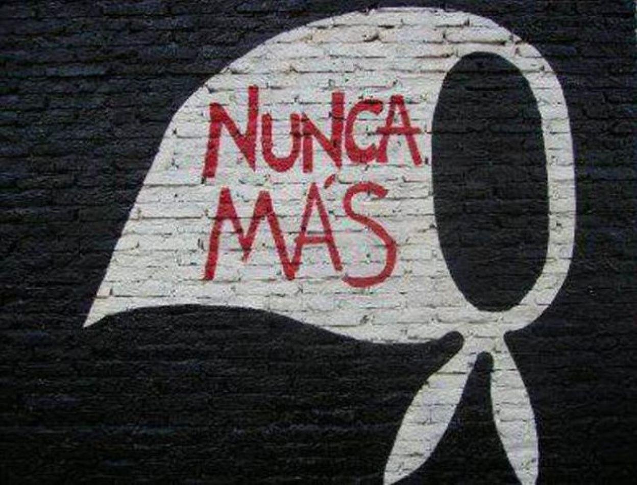 """Buscan incorporar el libro """"Nunca Más"""" al sistema educativo - Provinciales - FM Capital, Noticias en Salta, Argentina"""